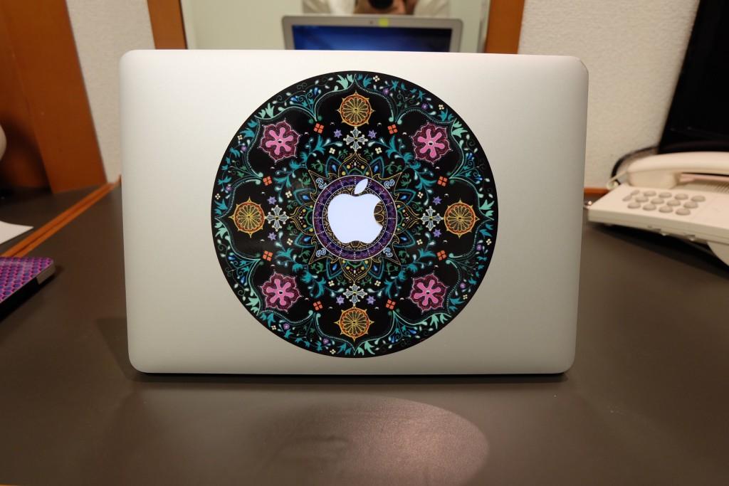 曼荼羅アートのパソコンステッカー