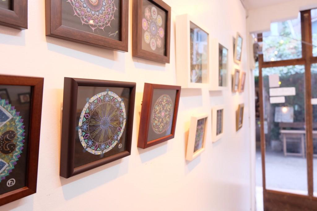 曼荼羅アートの展示