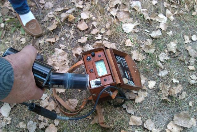 放射能測定、ガイガーカウンターのイメージ