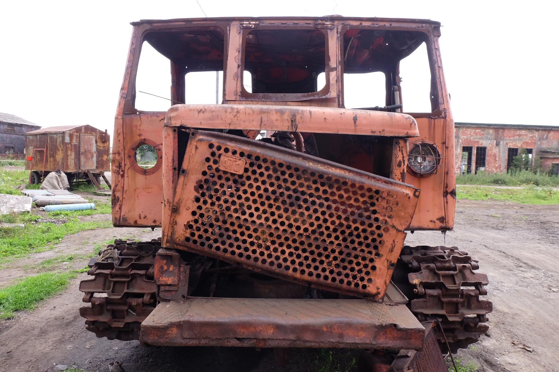 樺太の廃墟にあった車